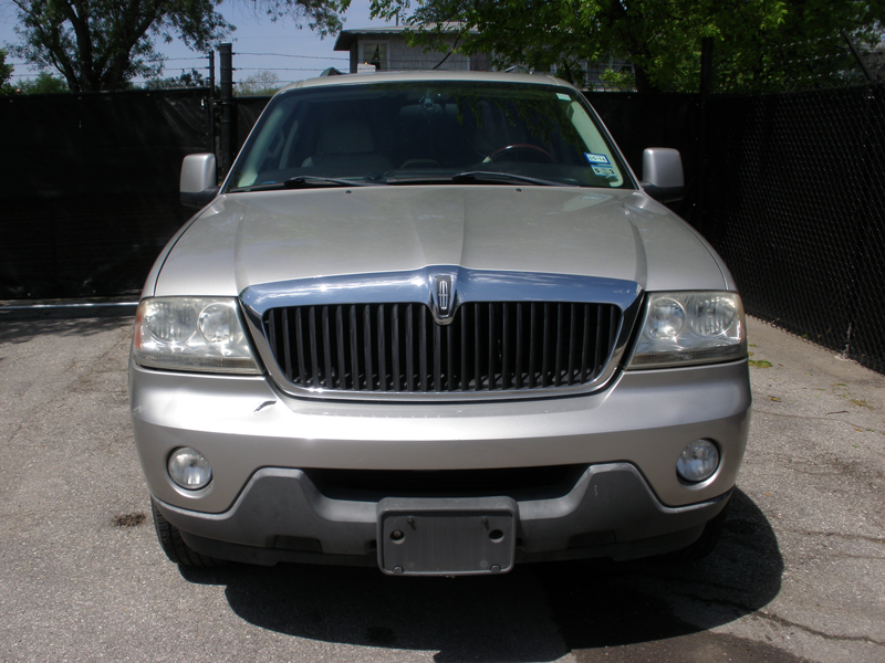 Lincoln-Aviator-Front