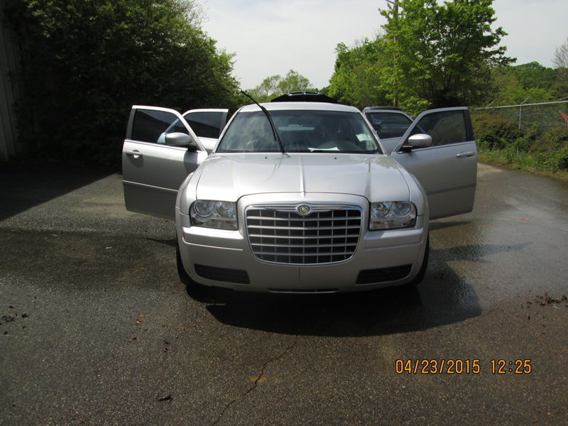 WNC---26-13-FBI-004092-2006-CHRYSLER-300M-SEDAN-(9)